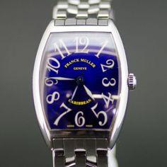 【中古】FRANCK MULLER(フランクミュラー) 2852 カリビアン オートマチック SS メンズ ブルー文字盤時計/モデル名の通りカリブ海をイメージしたロイヤルブルーの文字盤が特徴。海中から海面を見上げたような放射状の美しいうねりが見られます。/新品同様・極美品・美品の中古ブランド時計を格安で提供いたします。