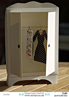 Regina ma rm6010 on pinterest danipeuss blog tutorial klamottengutschein aka kleiderschrank aus cardstock fandeluxe Gallery