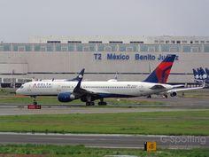 Delta Air Lines Boeing 757-251 N542US   Ex.Northwest Airline…   Flickr