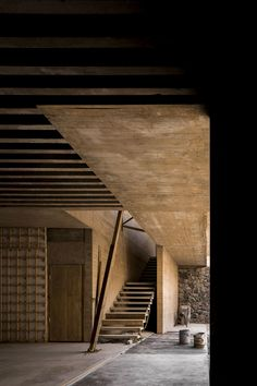 Construction Business, Construction Design, Construction Birthday, Sustainable Architecture, Interior Architecture, Residential Architecture, Contemporary Architecture, Rammed Earth Homes, Tadelakt