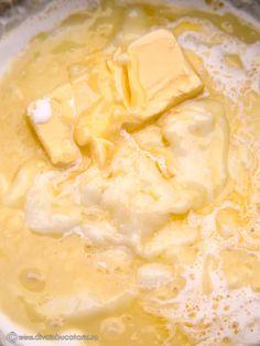 TORT DE CIOCOLATA CU MIEZ DE LAPTE | Diva in bucatarie Dessert Cake Recipes, Sweets Recipes, Desserts, Food Cakes, Peanut Butter, Ice Cream, Bakken, Tailgate Desserts, Cakes