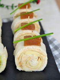 Rollitos de canapés con pan de molde para Navidad ¡4 ideas de aperitivo fáciles!   Cuuking! Recetas de cocina Sushi, Dips, Sandwiches, Brunch, Cocktails, Snacks, Cooking, Ethnic Recipes, Food
