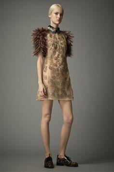 Foto VPF2014 - Valentino Pre-Fall 2014 (17) - Shows - Fashion - VOGUE Nederland
