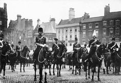 Market Place, South Notts Hussars, 1902 Nottingham City, Vintage London, Jacobean, Family History, Robin, The Past, Street View, Victoria, Houses
