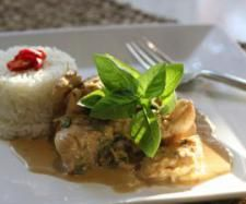 Recipe Thai Chilli Chicken and Basil by Nico Moretti, learn to make this recipe easily in your kitchen machine and discover other Thermomix recipes in Main dishes - meat. Thermomix Recipes Healthy, Healthy Eating Recipes, Meat Recipes, Asian Recipes, Chicken Recipes, Cooking Recipes, Ethnic Recipes, Thai Chili, Thai Chicken