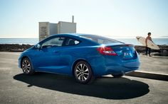 The Civic Coupe offers a lot: value, performance and style. In a tasty, compact package.