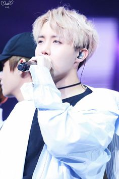 J-Hope ❤ BTS THE WINGS TOUR~ 2017 BTS Live Trilogy Episode lll In Newark, USA~ (170323-24) #BTS #방탄소년단