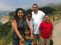 Quando o homem empurrava o carro na companhia dos dois filhos. Jose Banda, que circulava embriagado, atropelou mortalmente as duas crianças e foi morto com um tiro na cabeça. A arma não foi encontrada