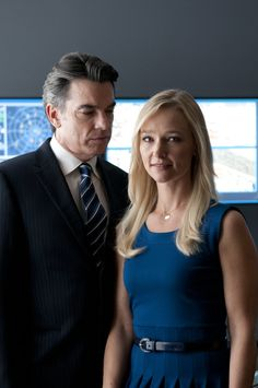 White Collar's Arthur and Joan Campbell (Peter Gallagher and Kari Matchett)