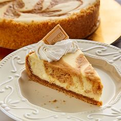 Cheesecake Recipes, Cupcake Recipes, Dessert Recipes, Crumb Crust Recipe, Hershey Recipes, Chocolate Buttercream Icing, Delicious Desserts, Yummy Food, Sweetened Whipped Cream