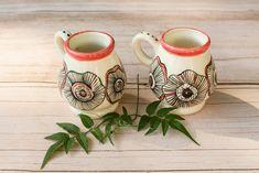 Mates ♡ Pintados a mano con pigmentos. Instagram @nomadeceramica Sugar Bowl, Bowl Set, Manual, Cups, Pottery, Tableware, Instagram, Mugs, Painted Porcelain