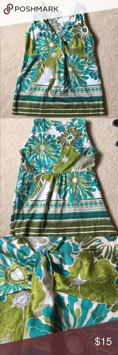 ANN Taylor green blue floral cotton tank 2 (XS) This is a beautiful floral tank top by Ann Taylor. Size 2. 100% cotton, no stretch. Has a side zipper. In excellent used condition Ann Taylor Tops Tank Tops