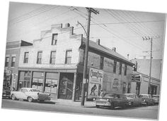 Kellys was a bar we hung out in alot back in the day.. The 80s ...West Port was the place to be...bars, resturants, shops