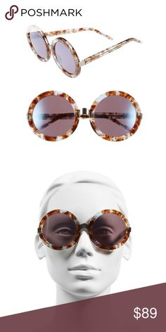 NWT WILDFOX Malibu Deluxe Round Frame Sunglasses - Gender: Women's  - Name: Malibu Deluxe  - Style: Round  - Size: 55-13-140mm (eye-bridge-temple)  - Frame Material: Plastic with metal hinge detail  - Frame Color: Coconut  - Lens Material: Plastic  - Lens