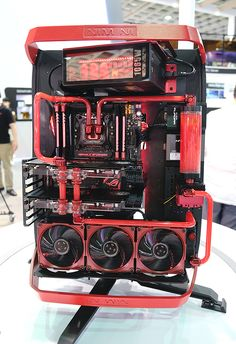Need some inspiration for your own case mod project? Without fail, Computex brings out the best of the best of the computing scene and over-the-top case-mod showcases are quite a treat for your eyes. We compile some of the most bling case mods that we encountered on the show floor.