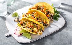 You don't have to be a vegan to enjoy the meaty texture of cauliflower in these tacos. You don't have to be a vegan to enjoy the meaty texture of cauliflower in these tacos. Parmesan Zucchini Chips, Taco Casserole, Top 14, Vegetarian Recipes, Cooking Recipes, Healthy Recipes, Chocolate Chip Cookies, Myfitnesspal Recipes, Chicken Green Beans
