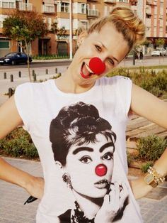 Mistylobycris Outfit   Verano 2012. Combinar Camiseta Blanca life is a circus, Cómo vestirse y combinar según Mistylobycris el 3-7-2012