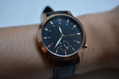 Runtastic Moment Classic reviewed: refined style, strange subscription hurdles | Ars Technica