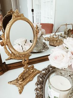 8 Chic Ways To Decorate Your Vanity Like A Parisian - Chic Decor 3 Parisian Chic Decor, Parisian Room, Parisian Apartment, Parisian Style, Parisian Bedroom Decor, Bedroom Ideas, Bedroom Inspo, Gold Vanity Mirror, Vanity Decor