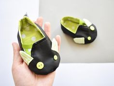 Baby leatherette shoes with ears Baby Pram Shoes, Baby Prams, Baby Booties, 1st Birthday Gifts, Baby Mouse, Baby Slippers, Soft Dolls, Unisex Baby, Baby Design