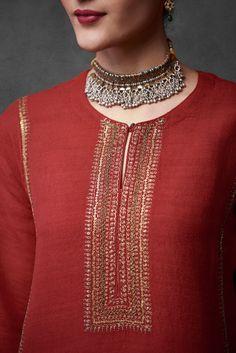 Good Earth brings you luxury design crafted by hand, inspired by nature and enchanted by history, celebrating India's rich history and culture through original, handcrafted products. Salwar Neck Designs, Neck Designs For Suits, Kurta Neck Design, Neckline Designs, Dress Neck Designs, Stylish Dress Designs, Kurti Embroidery Design, Bead Embroidery Patterns, Couture Embroidery