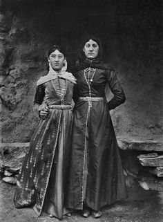 Armenian, c.1900... so I guess if I was born like a bit over 100 years ago this would be my style?