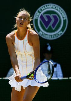 Wimbledon whites Maria Sharapova P.s...I love them , cose it´s a fear and just a game :) Above all - RF.....noble , can´t help it...:))) Stunning in slow m...!