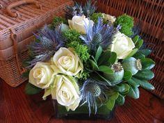"""Read Secrets For Making A Designer Flower Arrangement"""" flowers Flower Vase Design, Flower Vases, Flower Designs, Floral Design, Fake Flowers, Green Flowers, Diy Flowers, Bridal Flowers, Flower Ideas"""