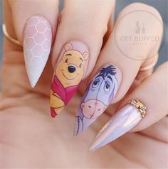Pointy nails can look scary and dangerous if you do not know the ways to handle them. Fear no more we know the best designs to tame this shape! Disney Acrylic Nails, Best Acrylic Nails, Acrylic Nail Designs, Nail Art Designs, Nails Design, Cartoon Nail Designs, Pointy Nails, Stiletto Nail Art, Types Of Nails Shapes