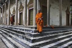 Templelife perspective Cambodia by MK -