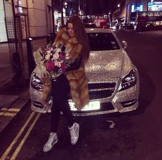 I love flowers))) Working Mother, Working Moms, Girly Car, Im So Fancy, Luxe Life, Black Barbie, Barbie World, Rich Girl, Romantic Couples