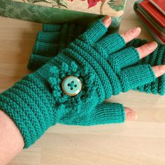 Half Finger Fingerless Mittens Gloves Turquoise by ShooglyBeads