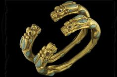 Tillia Tepe - Bracelets à décor d'antilope - Tombe II - Or, turquoise et cornaline