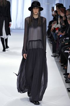 Ann Demeulemeester Fall 2013 RTW - Runway Photos - Fashion Week - Runway, Fashion Shows and Collections - Vogue