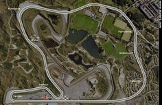 Circuit lay out of the original 1948 Zandvoort track 4,193km. Inside and clearly recognizable the 1999 to date track 4,307km