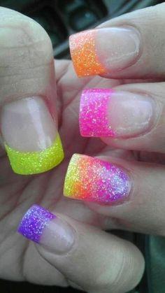 Glitter Nail Art Ideas (12)