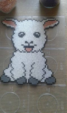 Lamb hama beads by Mette Høj Klysner - Pattern: https://de.pinterest.com/pin/374291419013031093/