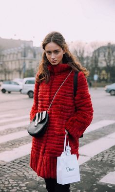 Winter Coat Inspiration: Red Fur / Click for more street style inspiration.
