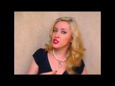 Old Hollywood hair style glamorous vintage curls with hot rollers 1940s 40s hairstyles for long hair