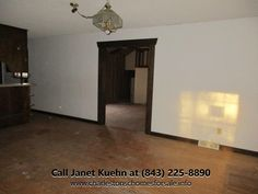 Traditional 4 Bedroom Summerville SC Home for Sale | 101 Lake Drive http://charlestonschomesforsale.info/blog/4+Bedroom+Traditional+Home+For+Sale+In+Summerville+SC+101+Lake+Drive #SouthernBreezesRealEstate #101LakeDr #SummervilleSCHome #JanetKuehn