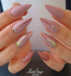 37 elegant stiletto nail art designs for vacation - nails -.- 37 Elegant Stiletto Nail Art Designs for Vacation – Nails – # for - Fancy Nails, Cute Nails, My Nails, Star Nails, Casual Nails, Trendy Nails, Stiletto Nail Art, Cute Acrylic Nails, Coffin Nails