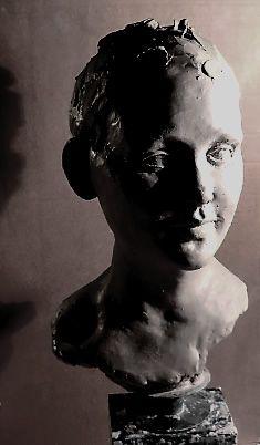 Sculpture head by Josefin Johansson