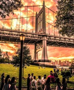 Astoria Queens, Queens Nyc, Famous Landmarks, World Traveler, Brooklyn Bridge, Beautiful Pictures, House Ideas, Around The Worlds, New York