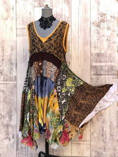 Hippie Style, Boho Hippie, Hippie Vintage, Robes Country, Country Dresses, Recycled Dress, Recycled Clothing, Clothing Redo, Corsage
