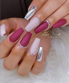 nail art – New Ideas Bling Acrylic Nails, Acrylic Nail Tips, Rhinestone Nails, Fabulous Nails, Gorgeous Nails, Stylish Nails, Trendy Nails, Bright Pink Nails, Glamour Nails