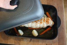 """Arrosto ripieno di frittata e peperoni, ricetta di Nonna Mina #cucinandoconcrafond, del blog """"Quattro salti da Mina"""" #bloggercrafond http://www.crafond.com/index.php/secondi-piatti/393-arrosto-ripieno-con-frittata-e-peperoni"""