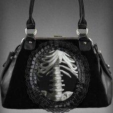 gothic handbag human skeleton in lace frame black velvet Dark Fashion, Gothic Fashion, Gothic Steampunk, Victorian Gothic, Cute Purses, Gothic Outfits, Rib Cage, Black Laces, Black Corset