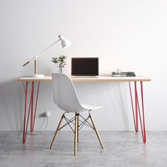 Mesa simples para home office - AliExpress Hairpin Leg Desk, Hairpin Dining Table, Industrial Table Legs, Metal Table Legs, Large Office Desk, Thing 1, Birch Ply, Small Tables, Furniture Projects