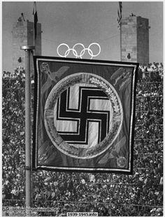 Führer Pennant in the Berlin Olympic Stadium during the Olympic Games (1936). Bildarchiv Preußischer Kulturbesitz / Dr. Paul Wolff Tritschler