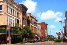 Downtown Paducah - Looking toward the Riverfront.